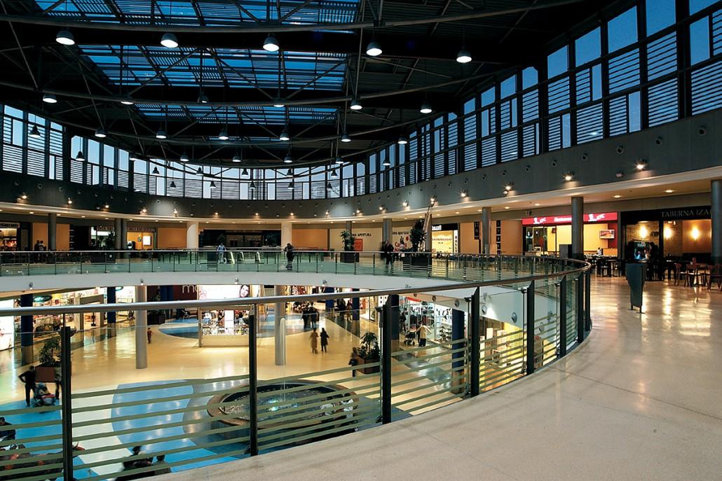 Siat Centro Comercial Itaroa