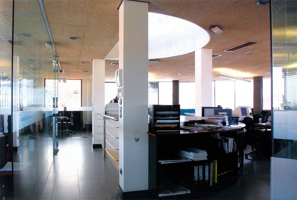 Siat edificio de oficinas itaroa - Edificio de oficinas ...